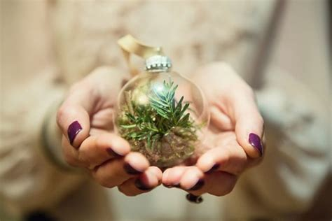 make your own tree baubles how to make your own diy baubles my dress