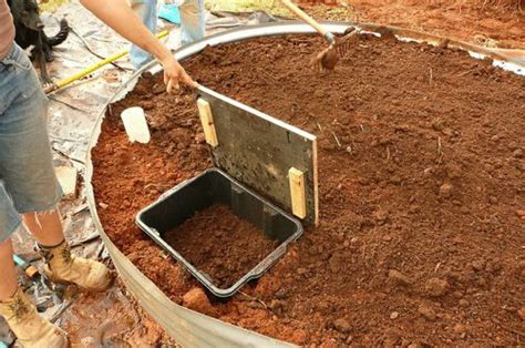 how to build a worm bed worms for raised beds garden pinterest