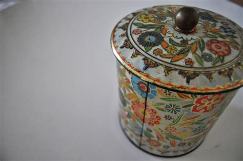Beautiful Things From Tins by Elsie Marley 187 Archive 187 Tins