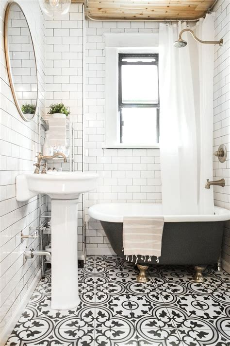 Black And White Tile Bathroom Decorating Ideas 1000 Ideas About Black White Bathrooms On Pinterest White Bathrooms Bathroom And Bathroom