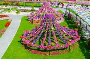World Largest Flower Garden In Dubai Travel Trip Journey Dubai Miracle Garden World Flower Garden
