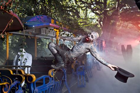 Cabin In The Woods Thorpe Park by Review Thorpe Park Fright Nights 2016 Kip Hakes