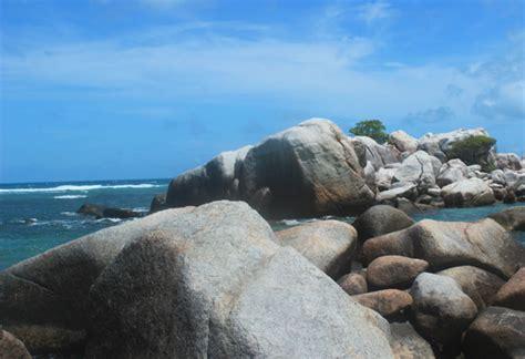 Bross Ubur Ubur Hijau Tosca kecantikan pantai tanjung tinggi yaa haaa anime sub indo