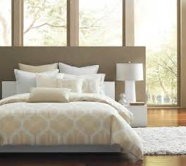 Luxury Bedroom Linens Luxury Bedding In A Modern Bedroom