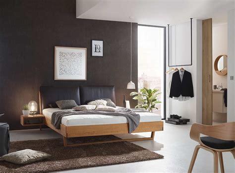schlafzimmer einrichtung schlafzimmer einrichten mit massivholzbetten aus 214 sterreich