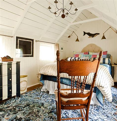 cottage attic bedroom ideas attic rooms with sloped slanted ceilings 10 handpicked