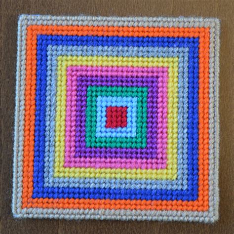 free patterns in plastic canvas ever decreasing squares coaster free download modern