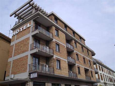 hotel civitavecchia porto hotel traghetto civitavecchia