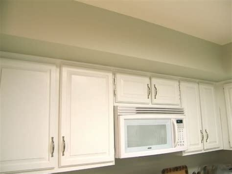 behr kitchen cabinet paint behr paint mountain haze for the wall and mirage white