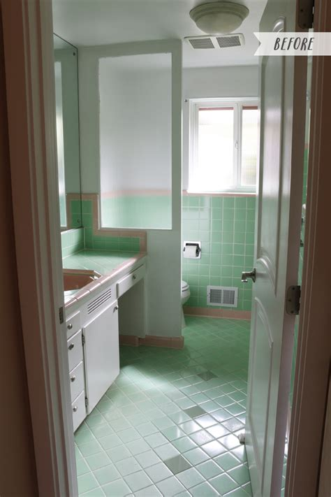 Vintage Bathroom Colors by Vintage Bathrooms My Mint Pink Bathroom The Inspired
