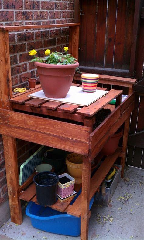 gardening work benches 100 best pallets garage images on pinterest woodworking