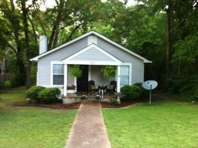 311 Central Ave Starkville Ms 39759 Is Off Market Zillow