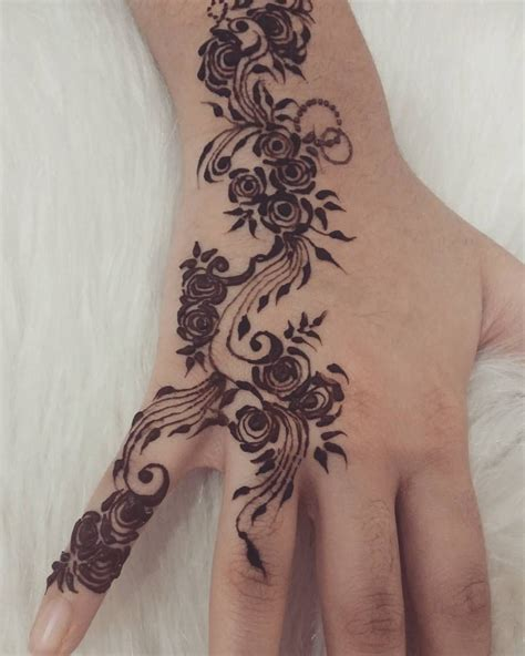 sk tattoo design pin by on henna tatuajes and