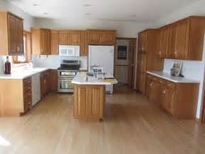 Paint Colors That Go With Honey Oak Cabinets 1000 Images About Dealing With Our Honey Oak Trim On