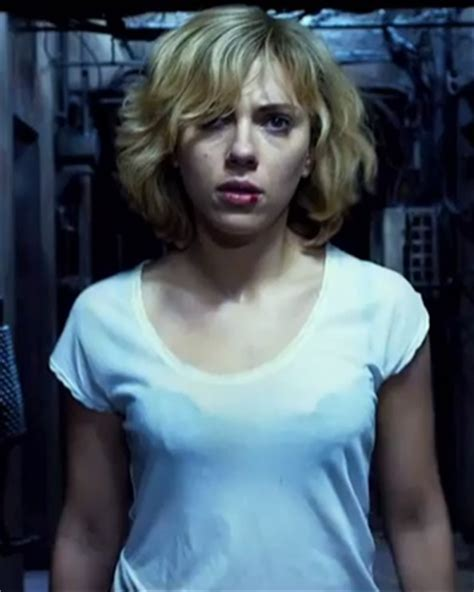 film lucy hot trailer for scarlett johansson s sci fi action film lucy
