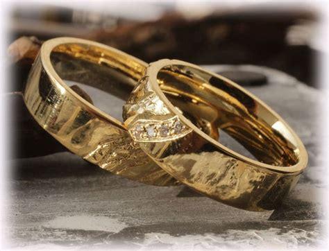 Eheringe Gold Mit Diamanten by Trauringe Eheringe Im112 Mit Diamanten Gelbgold 585