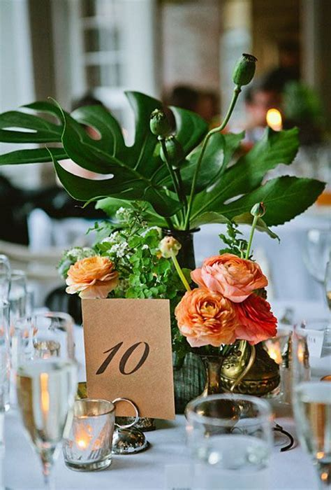 Best 25  Tropical centerpieces ideas on Pinterest   Luau