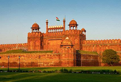 India Luxury Train by Medieval Heritage Of India Heritage Tour Packages In