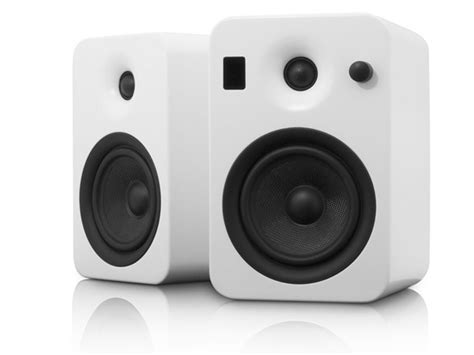 yumi speakers w bluetooth matte white