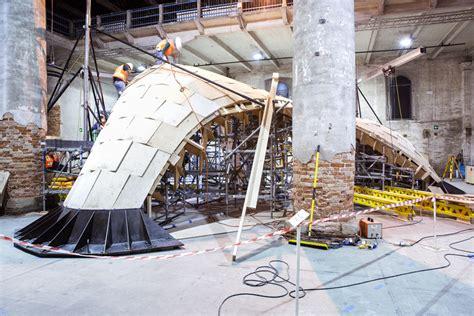gruppo zurich italia sede legale biennale di venezia un padiglione ispirato alle tecniche
