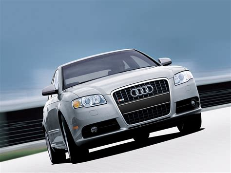 Audi A4 Versions by Audi A4 Car Pictures Images Gaddidekho