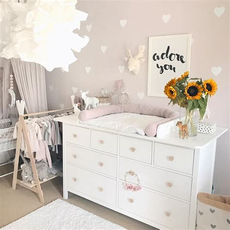 schlafzimmer idee hemnes wickelkommode babyzimmer einrichten inspo diy aufsatz