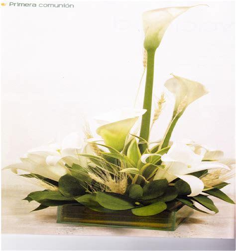 17 mejores im 225 genes sobre variedad flores tejidas en arreglo floral para primera comunion catalogo de flores