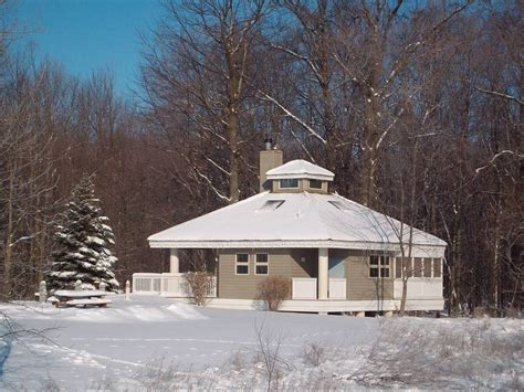 Maumee Bay State Park Cabins by Rustic Or Fancy Cabins Abound For A Midwinter Getaway