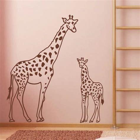 Wandtattoo Kinderzimmer Giraffe by Wandtattoo Giraffe Mit Jungtier Aus Afrika Wandbilder