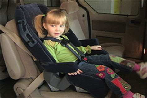 forward facing car seat age parachute preventing injuries saving lives