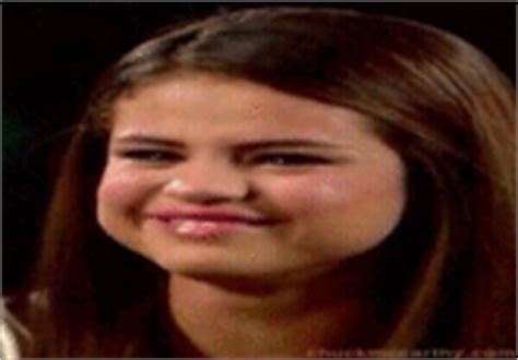 Selena Gomez Crying Meme - selena gomez crying know your meme