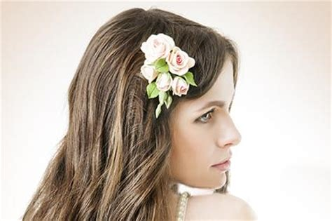 fresh flower hair pieces