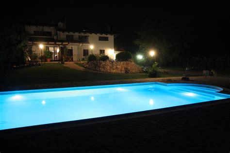 illuminazione piscina costruzione piscine piscine costruzione piscine