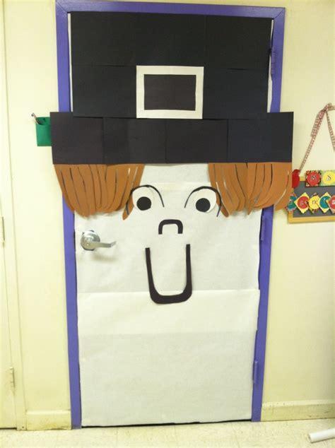 thanksgiving door decorations pilgrim school door decor for thanksgiving bulletin