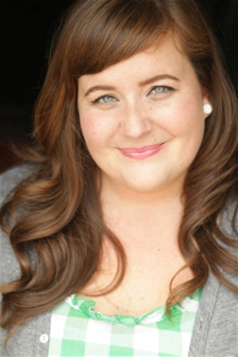 aidy bryant columbia college chicago from second city to snl aidy bryant tim robinson set to