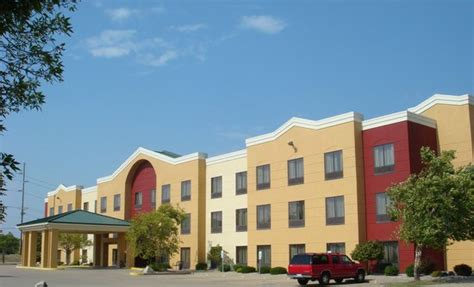 comfort suites il comfort suites hotel reviews deals springfield il