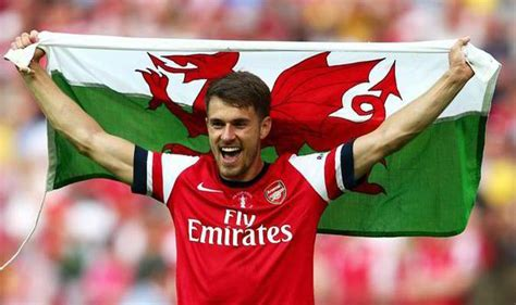wales and arsenal fc star aaron ramsey explains exactly welsh star aaron ramsey vows hungry arsenal will fight