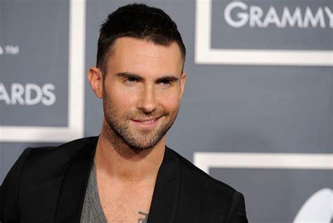 Maroon 5 Singer | maroon 5 lead singer adam levine continues to ruin