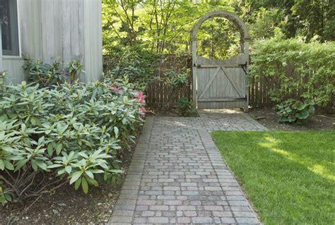 side yard ideas design landscaping ideas for side yards