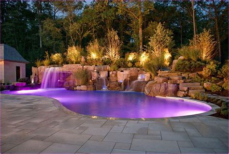 small backyard pools allow to cool in a scorching day
