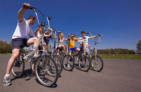 swinging bikers balsbike swingbike the full training bike das mobile