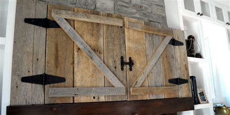 This Is One Stylish Country Approved Way To Hide Your Barn Door Tv Cover