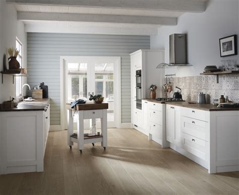 Howdens Kitchen Planner by Fairford White Kitchen Shaker Kitchens Howdens Joinery