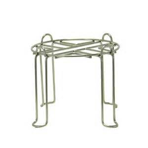 Medium stand for stainless steel water filter systems