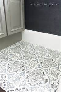 Quatrefoil Bathroom Tile Black And White Marble Quatrefoil Screen Printed Tiles