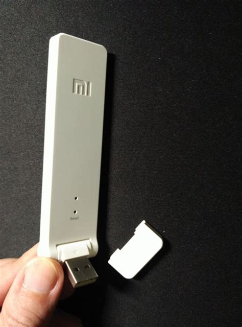 Xiaomi Wifi Extender xiaomi wifi extender 小米wifi放大器 great performer at price tag it gadgets review