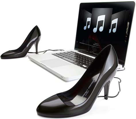 Truly Stylish Shoes For Fashionistas by Gimme Tunes Stylish Yet Craptastic Usb Speakers For