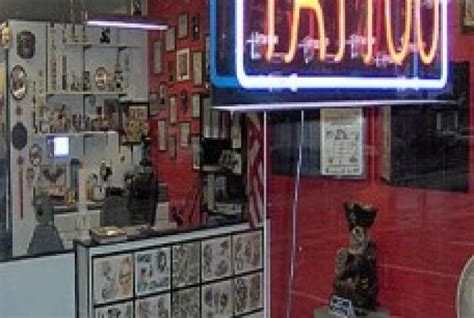 tattoo parlor history pens and needles history s strangest and most useful