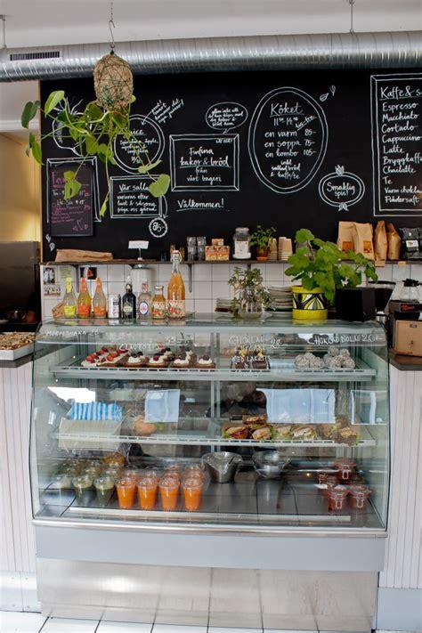 Cabinet Food Ideas For Cafe by Paco Escriv 225 Muebles 161 Haz De Tu Pared Una Pizarra