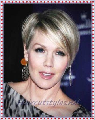 flattering hair for 40 year olds pixie hairstyles for older women in 2018 haircut styles